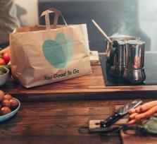 Too good to go gaat samen met gelijkgezinden strijd met voedselverspilling aan