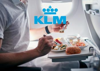 KLM SCHRAPT VLEES VAN VLIEGTUIGMENU'S