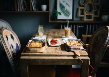 Delhaize levert maaltijden aan huis